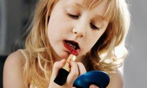 kids-with-makeup-007